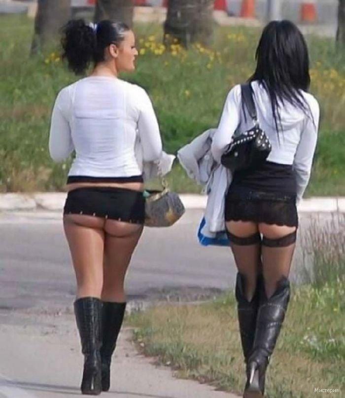 Смотреть Девушек В Коротких Юбках