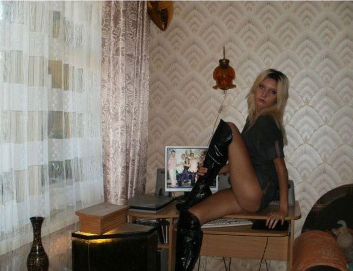 volosataya-popka-devushka
