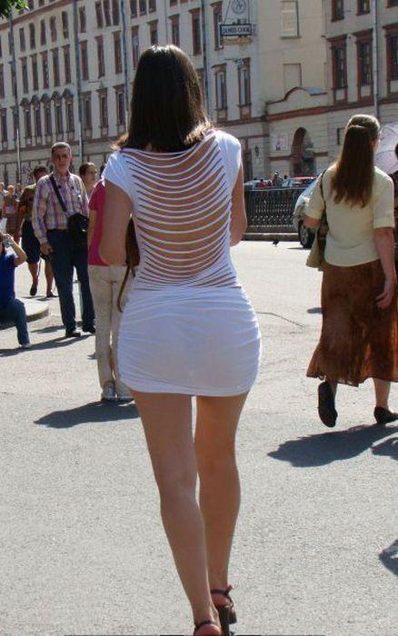 девушки в прозрачных коротких юбках-вж2
