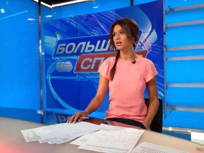 golie-foto-televedushih-radiovedushih-artistov