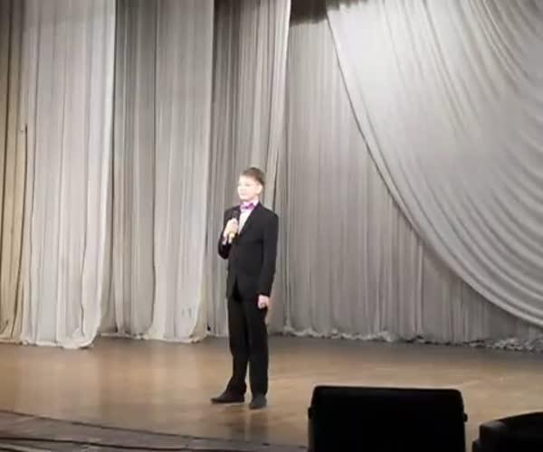 video-eroticheskie-kazusi-sportsmenov-ogolilsya-posle-finisha