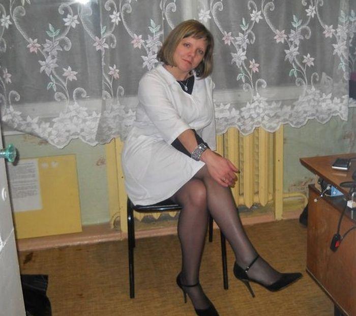 фото медсестра в колготках
